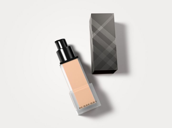 Burberry Cashmere Sunscreen SPF 20 – Warm Nude No.34