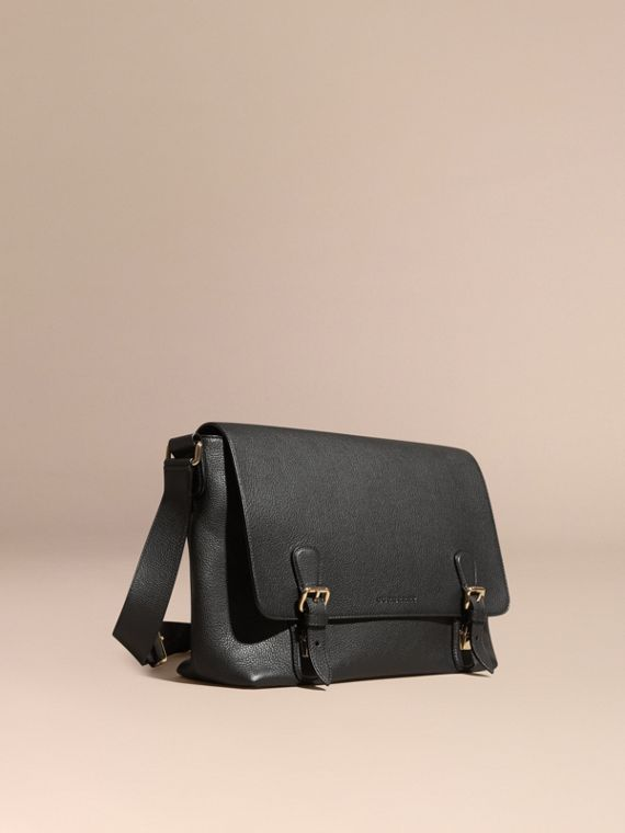 Grainy Leather Messenger Bag Black