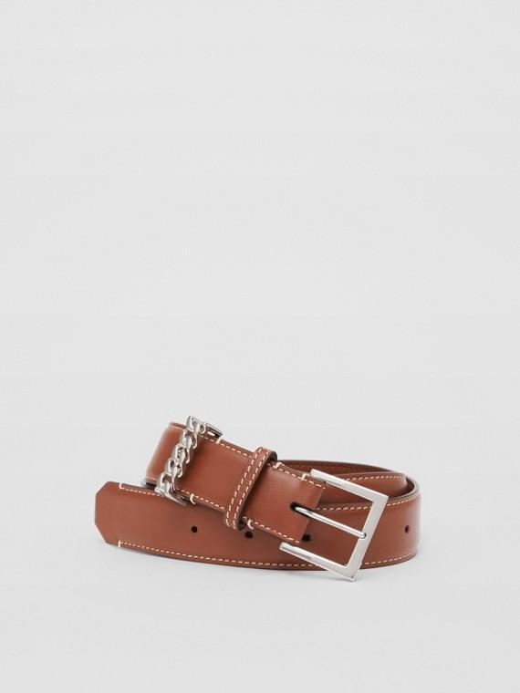 Chain Detail Topstitched Leather Belt in Tan/ecru