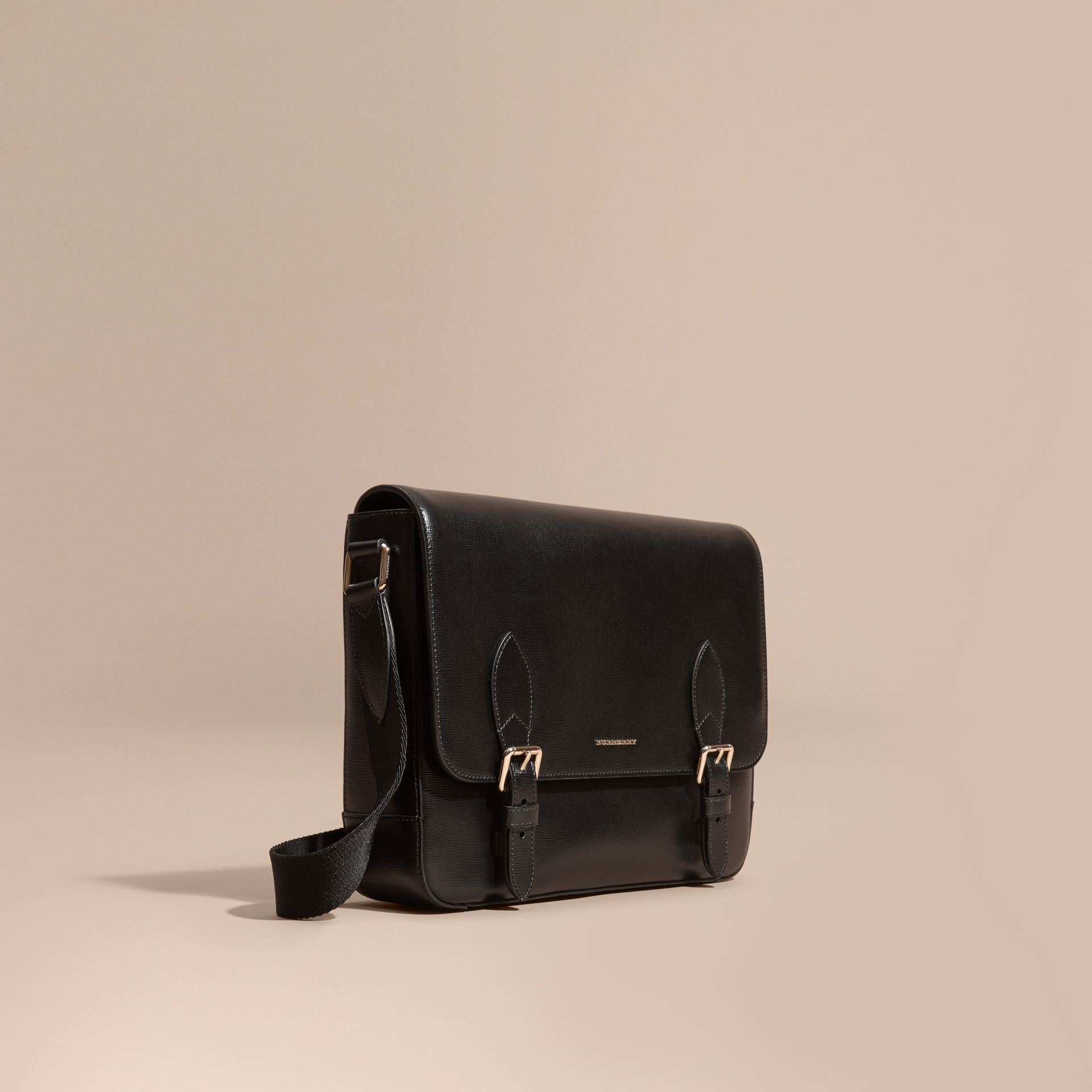 Medium London Leather Messenger Bag Black - gallery image 1