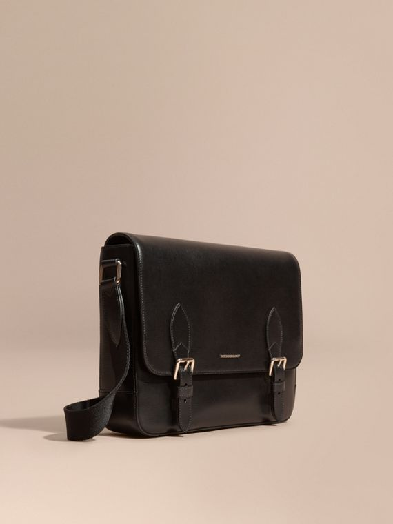Borsa messenger media in pelle London Nero