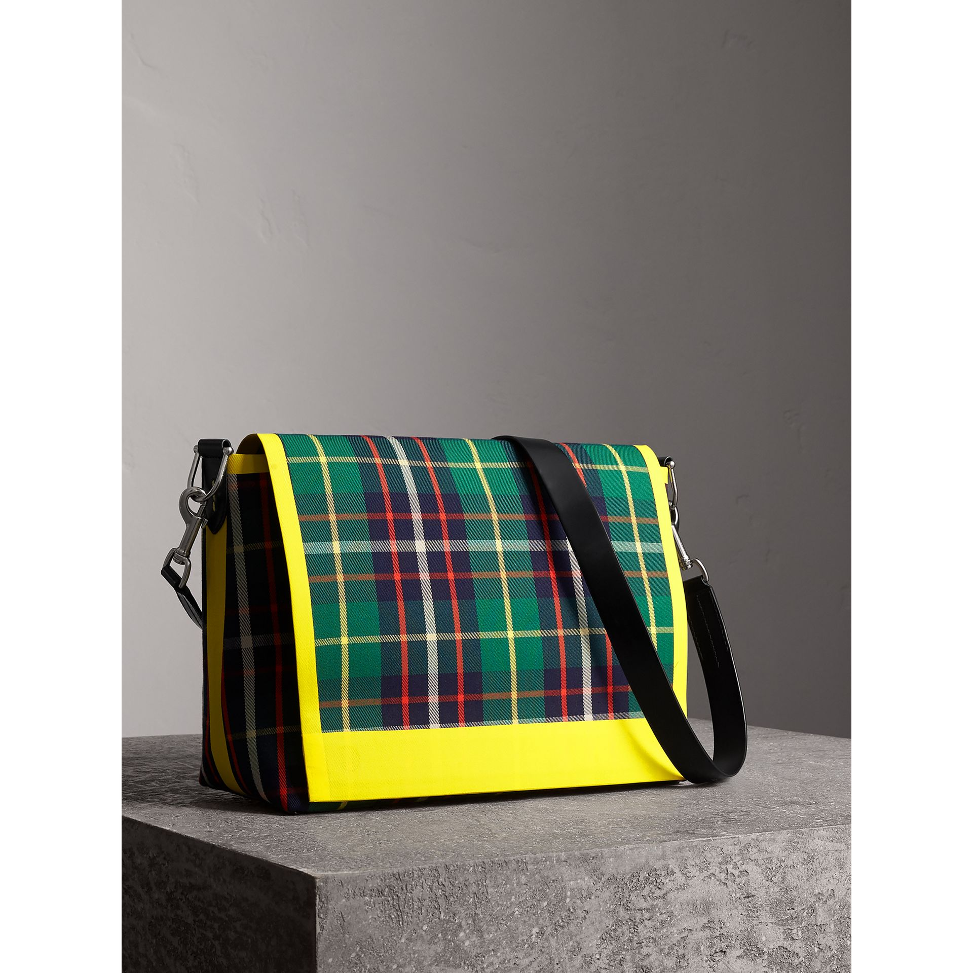 Large Tartan Cotton Messenger Bag in Forest Green  5a4f62fa12419