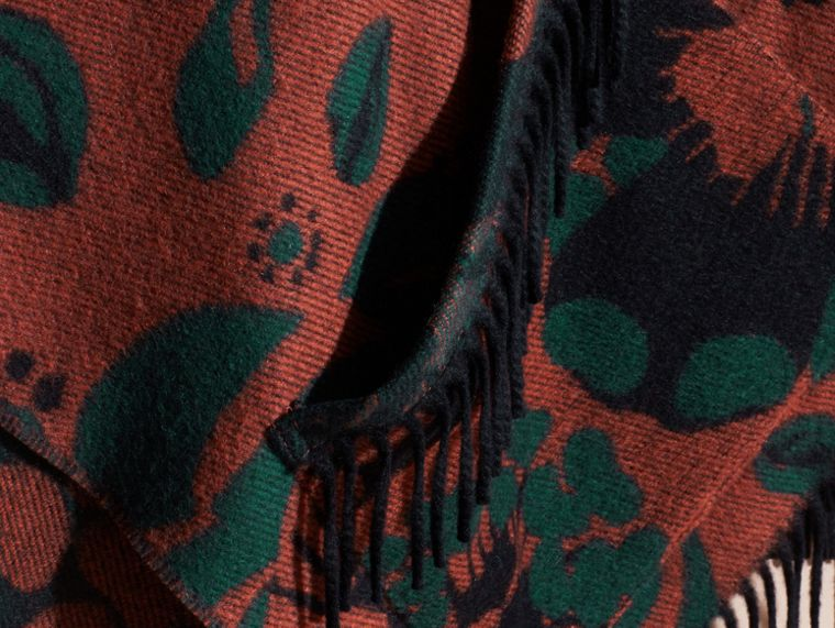 Burnt sienna Floral Jacquard Cashmere Poncho - cell image 1
