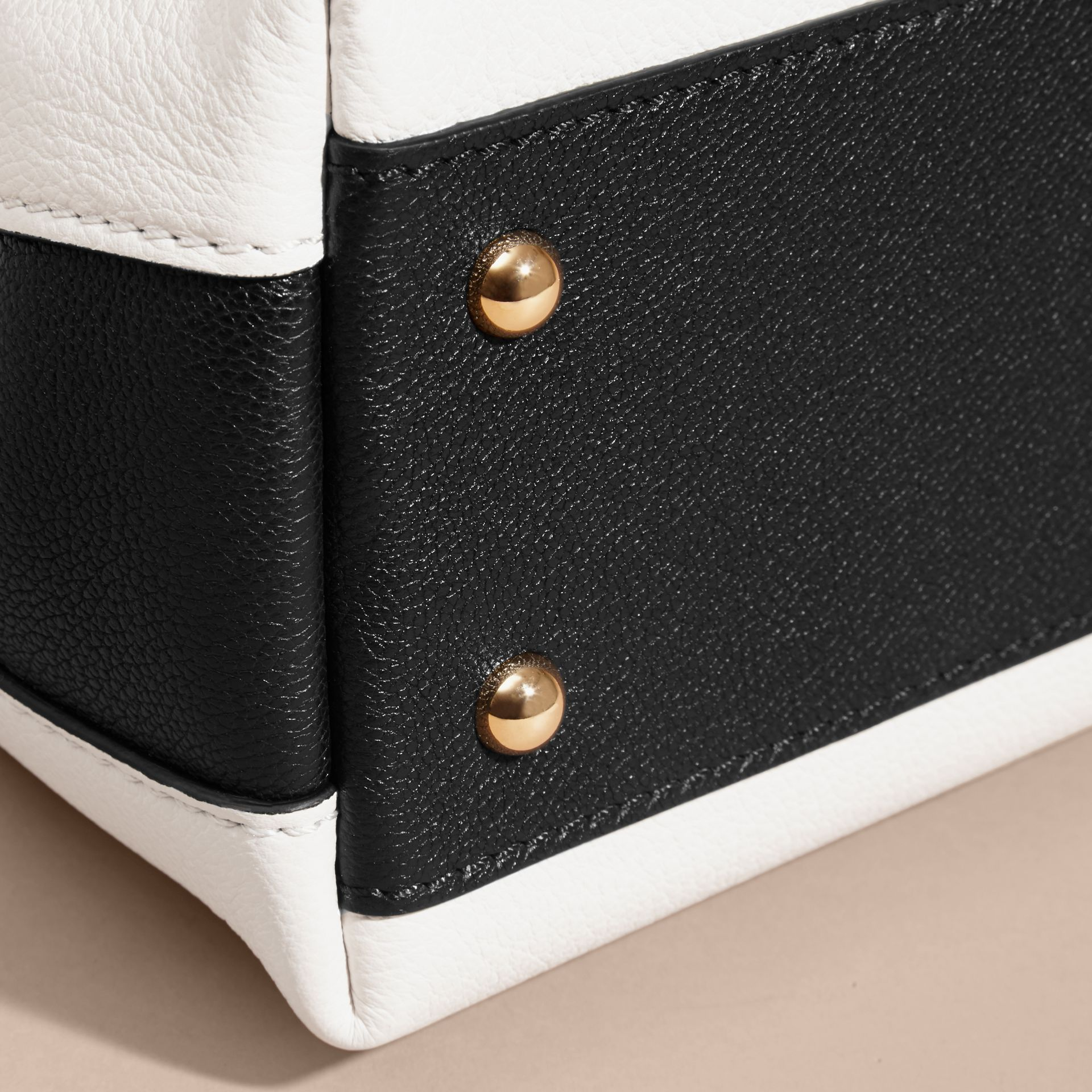 Natural/black The Baby Milton in Two-tone Grainy Leather - gallery image 7