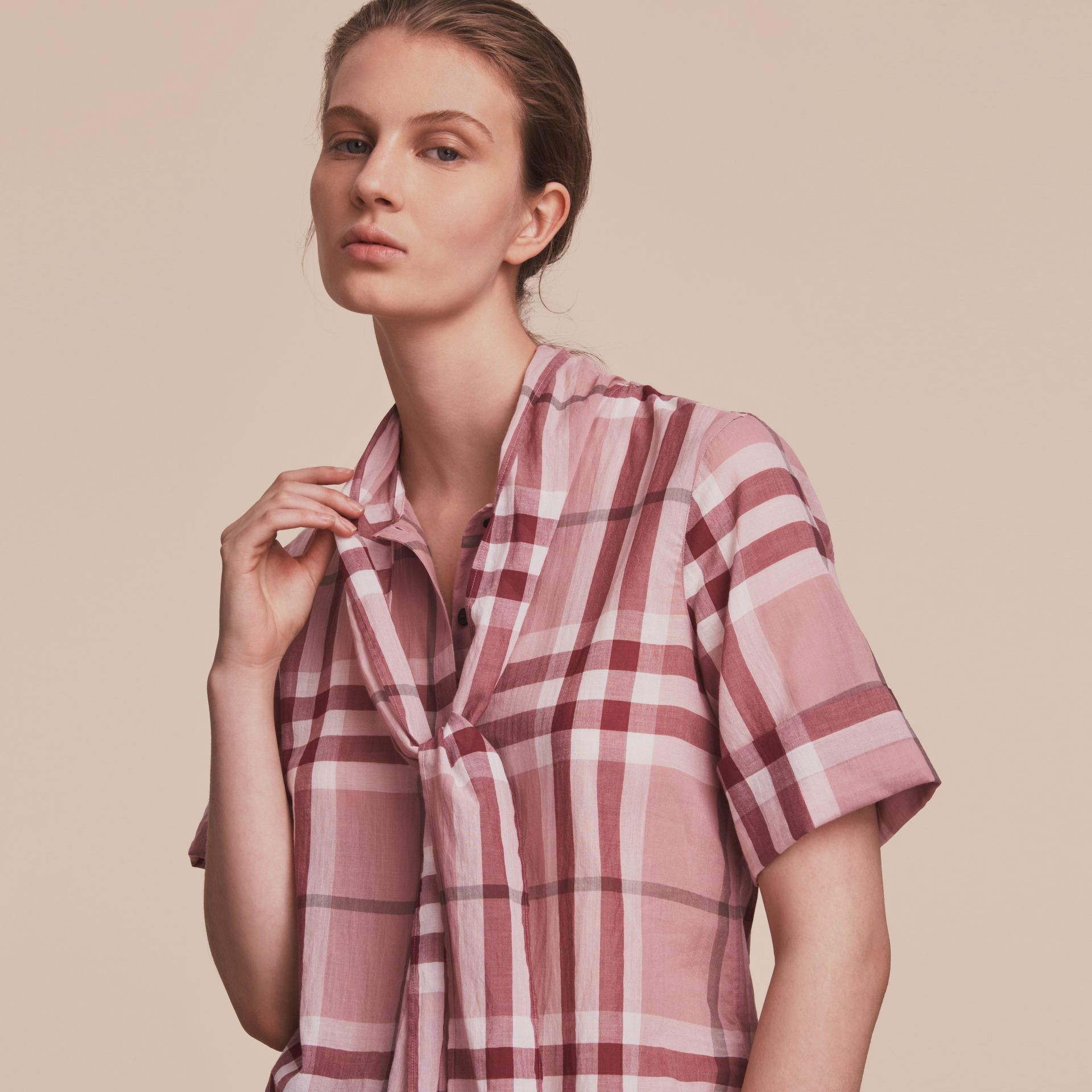 Short-sleeve Check Cotton Tie Neck Shirt Antique Pink - gallery image 5