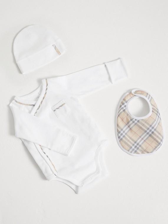 Coffret cadeau bébé trois pièces en coton à motif check (Blanc)