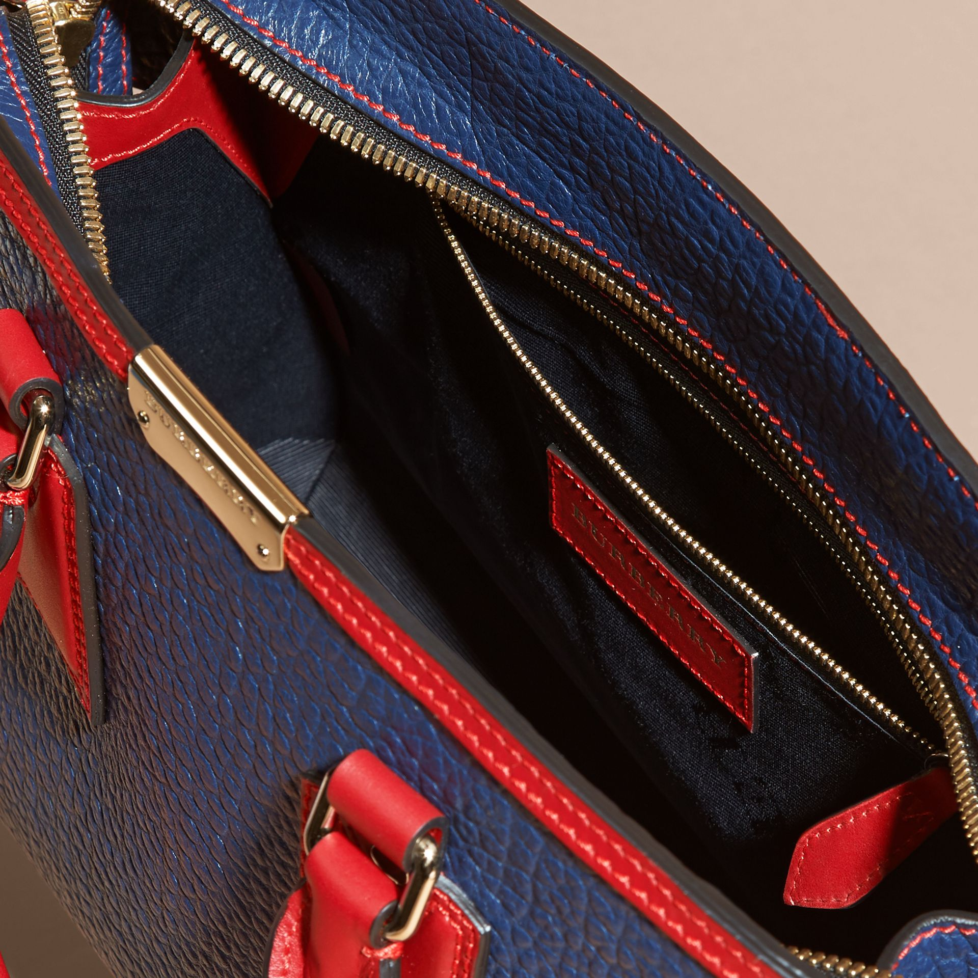 Blue carbon/parade red The Medium Clifton in Signature Grain Leather with Border Detail - gallery image 6