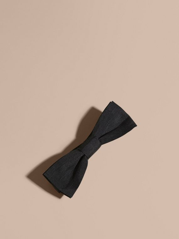 Silk Bow Tie in Black