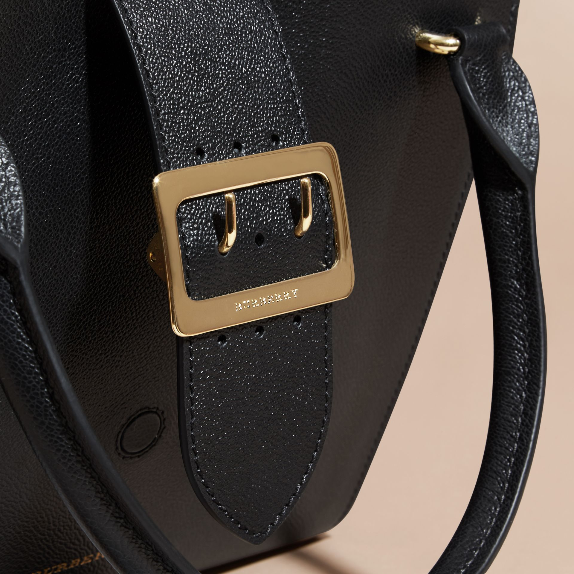 Black The Medium Buckle Tote in Grainy Leather Black - gallery image 2