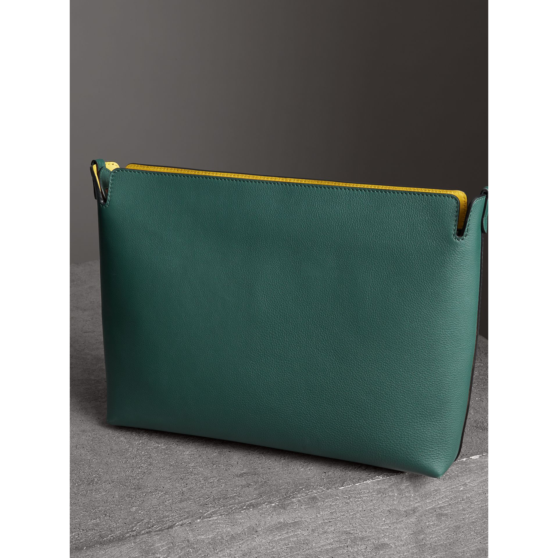 Large Tri-tone Leather Clutch in Black/sea Green - Women | Burberry - gallery image 2