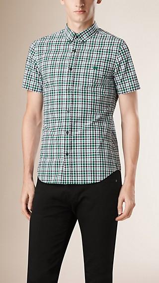 Camisa de anarruga de algodão com estampa xadrez Gingham e manga curta