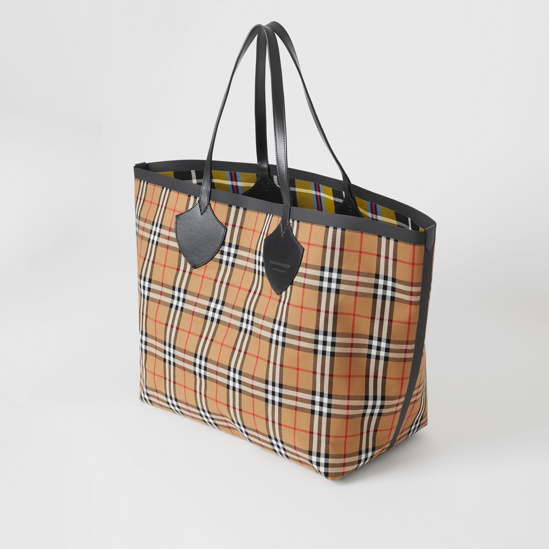 Sac tote The Giant réversible en coton à motif Vintage check (Jaune Antique) | Burberry - photo de la galerie 3