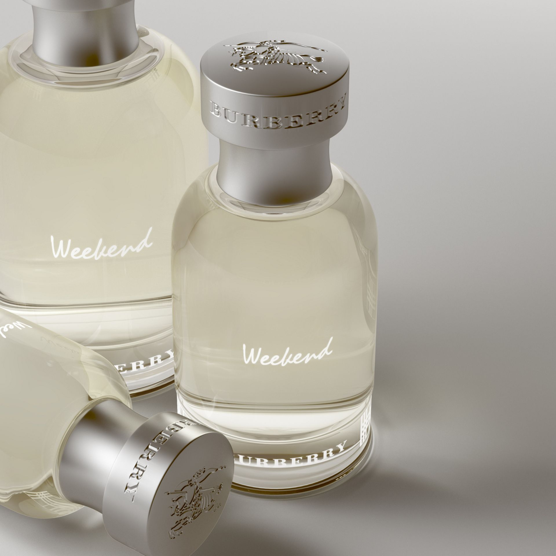 Burberry Weekend Eau de Toilette 50ml - Men | Burberry - gallery image 2