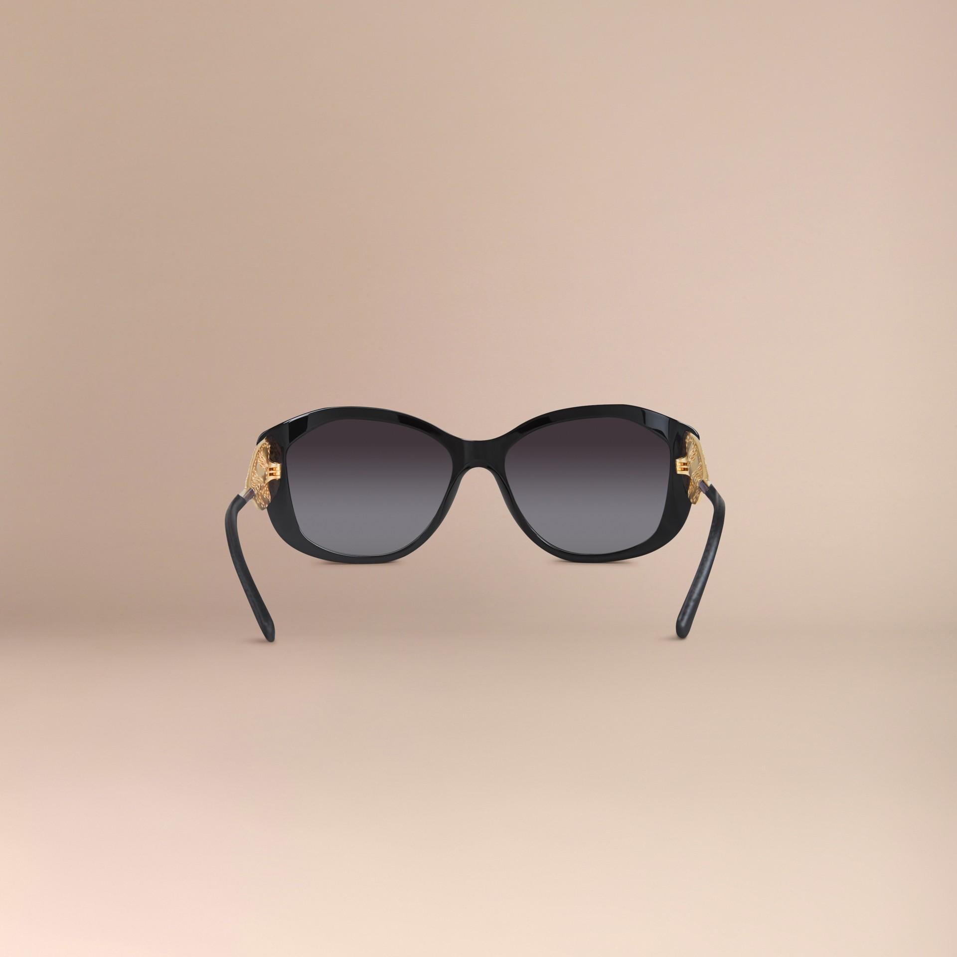 Nero Occhiali da sole con montatura quadrata collezione Gabardine Nero - immagine della galleria 4