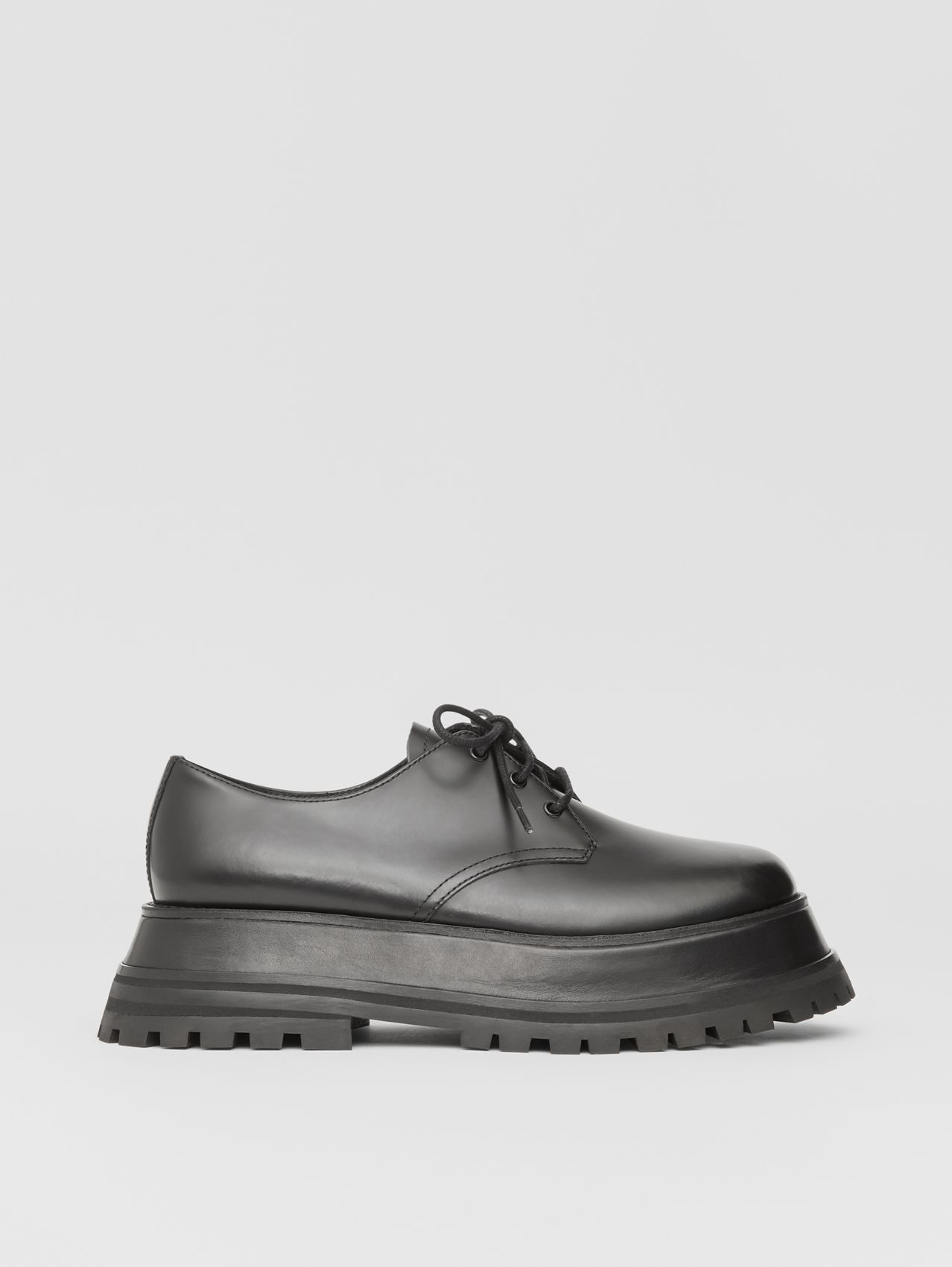 Leather Derby Shoes in Black