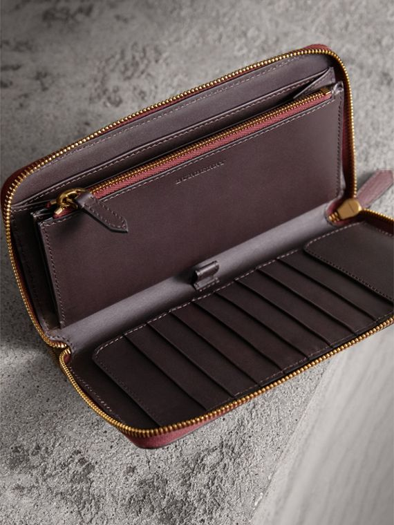 House Check and Grainy Leather Ziparound Wallet in Wine | Burberry United Kingdom - cell image 3