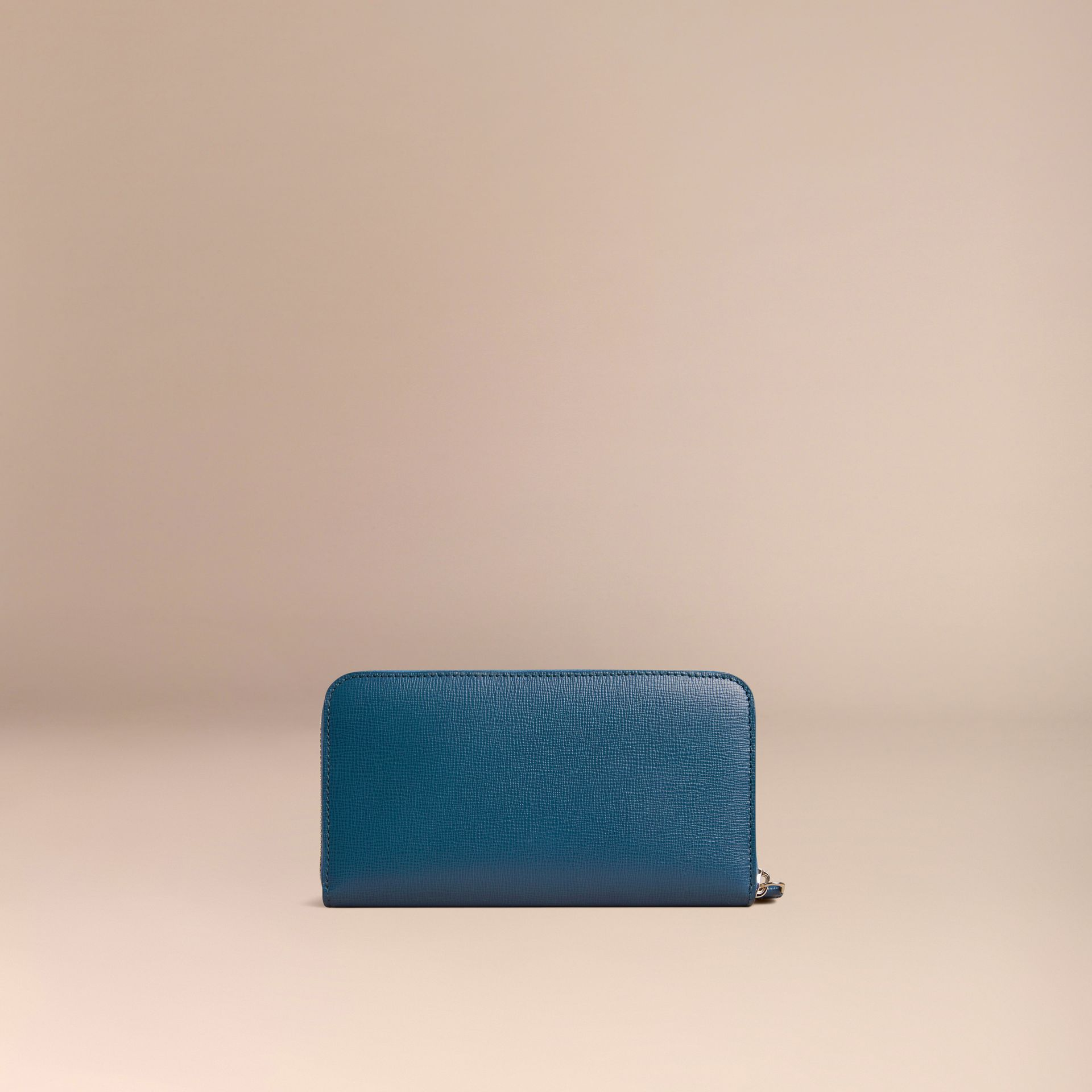 London Leather Ziparound Wallet Mineral Blue - gallery image 4
