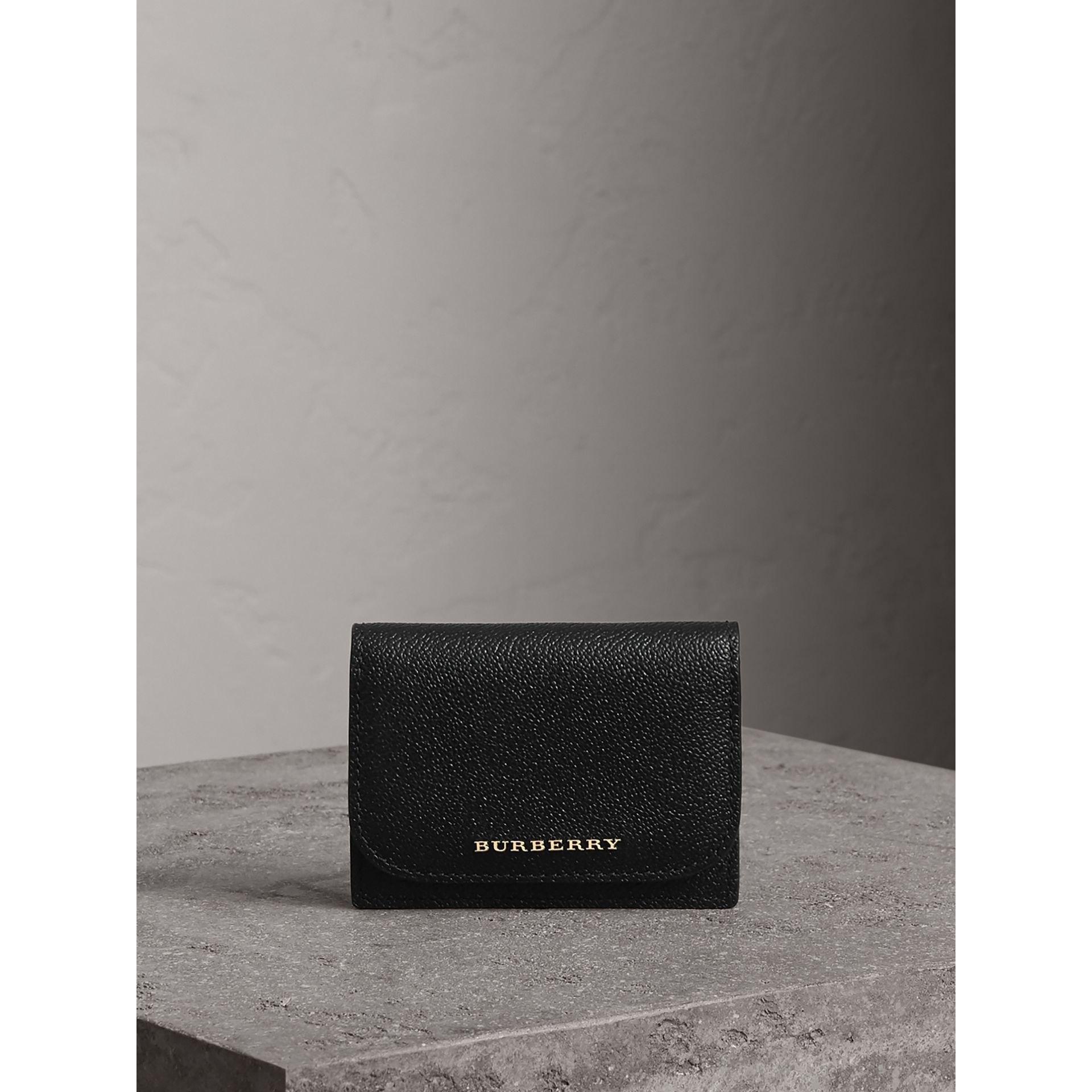 Grainy Leather Card Case in Black - Women | Burberry Singapore - gallery image 4
