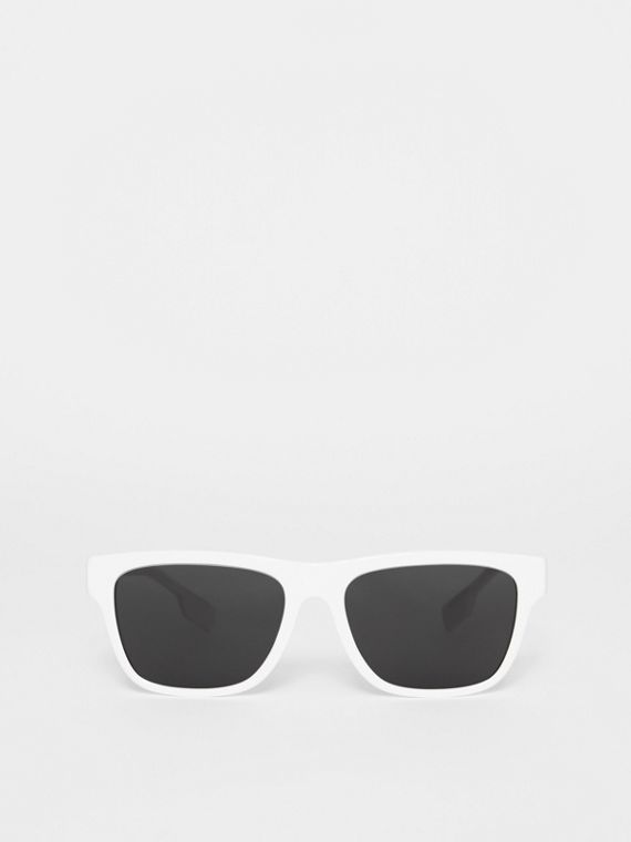 Square Frame Sunglasses in White