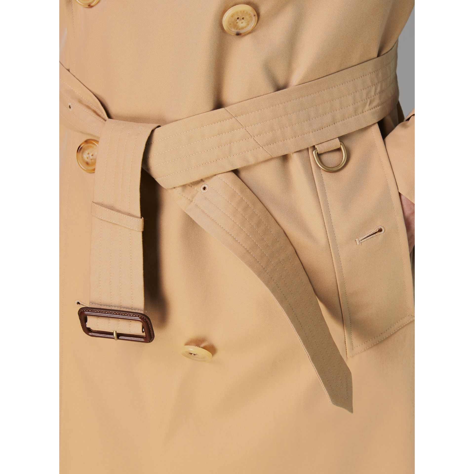 Trench coat Heritage The Kensington (Miele) - Uomo | Burberry - immagine della galleria 5