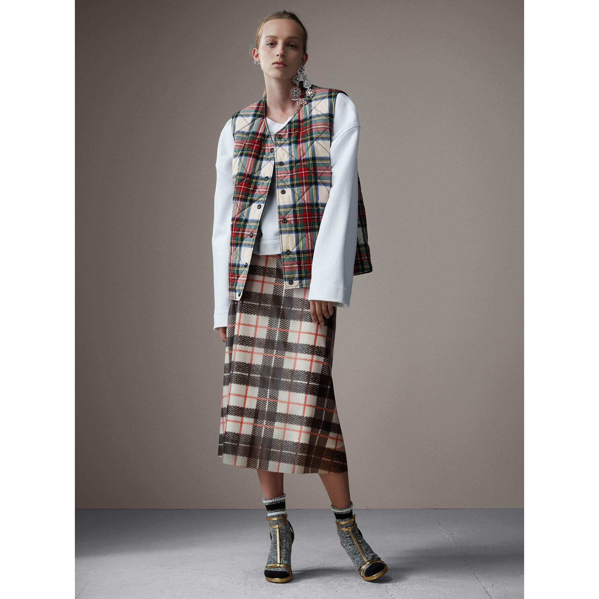 Reversible Tartan Quilted Cotton Gilet in Natural White - Women | Burberry Singapore - gallery image 6