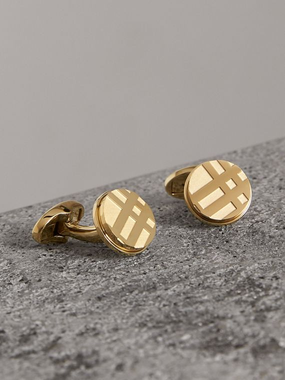 Check-engraved Round Cufflinks in Pale Gold