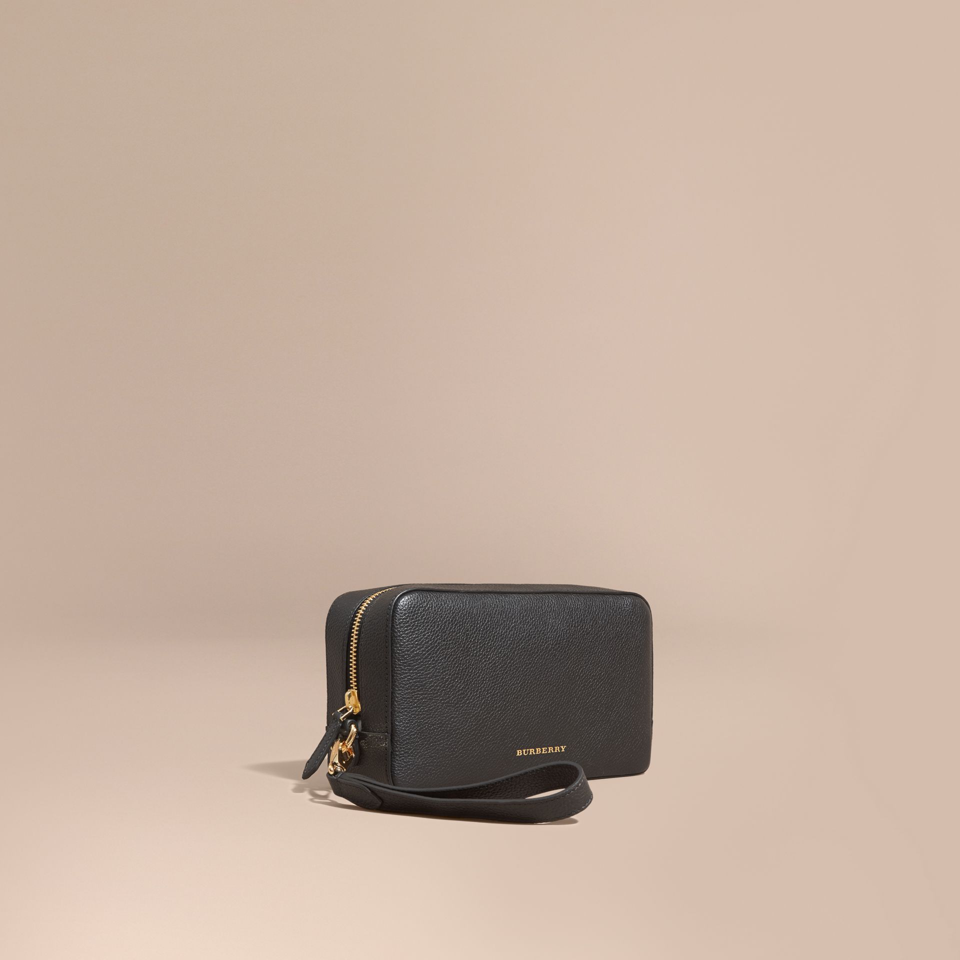 Black Grainy Leather Washbag - gallery image 1
