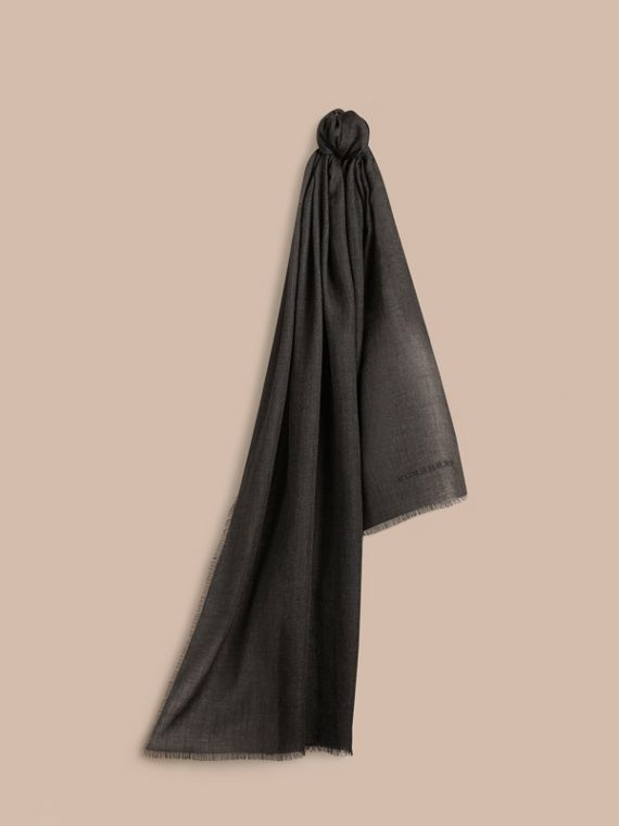 The Lightweight Cashmere Scarf Charcoal