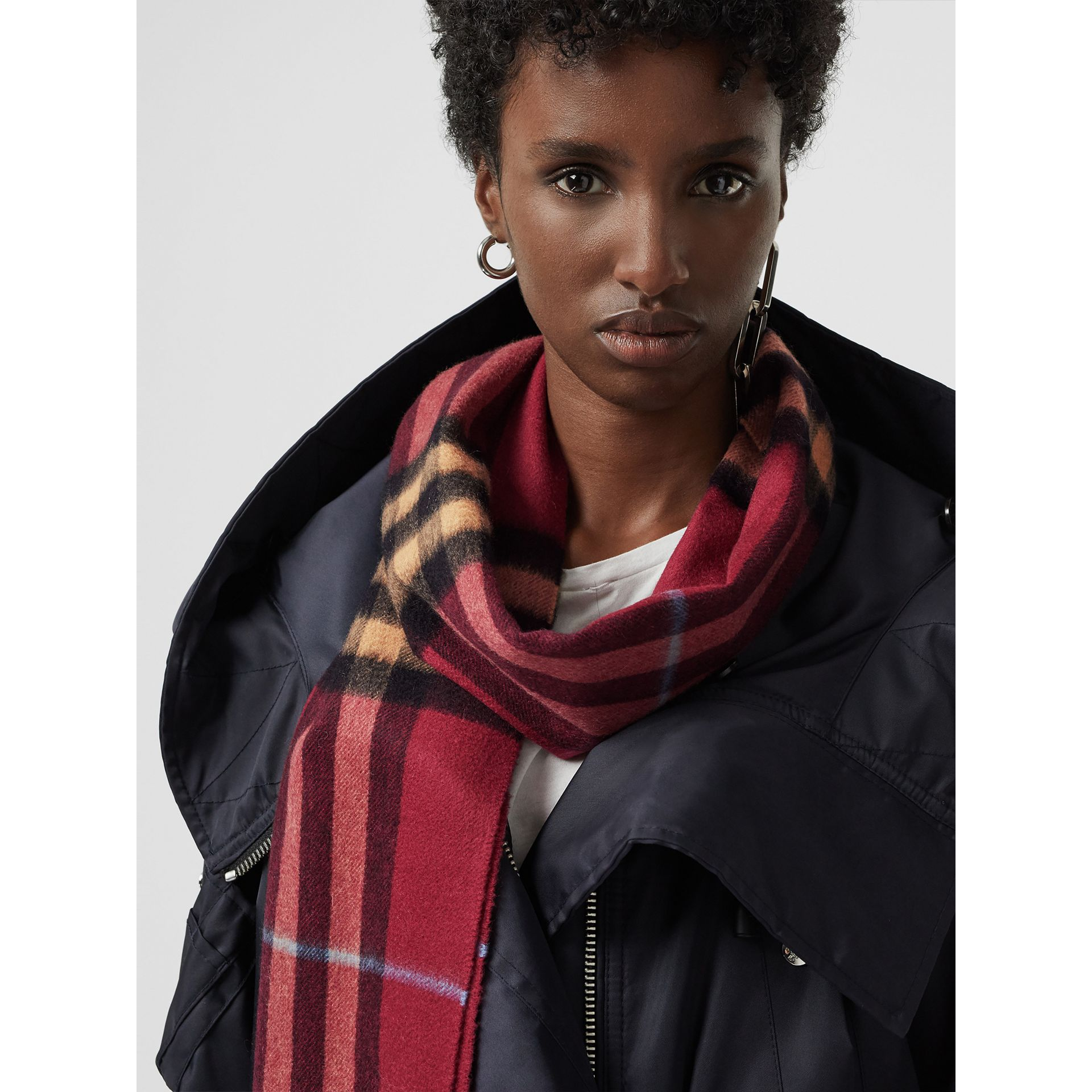 The Classic Check Cashmere Scarf in Damson Pink | Burberry - gallery image 5