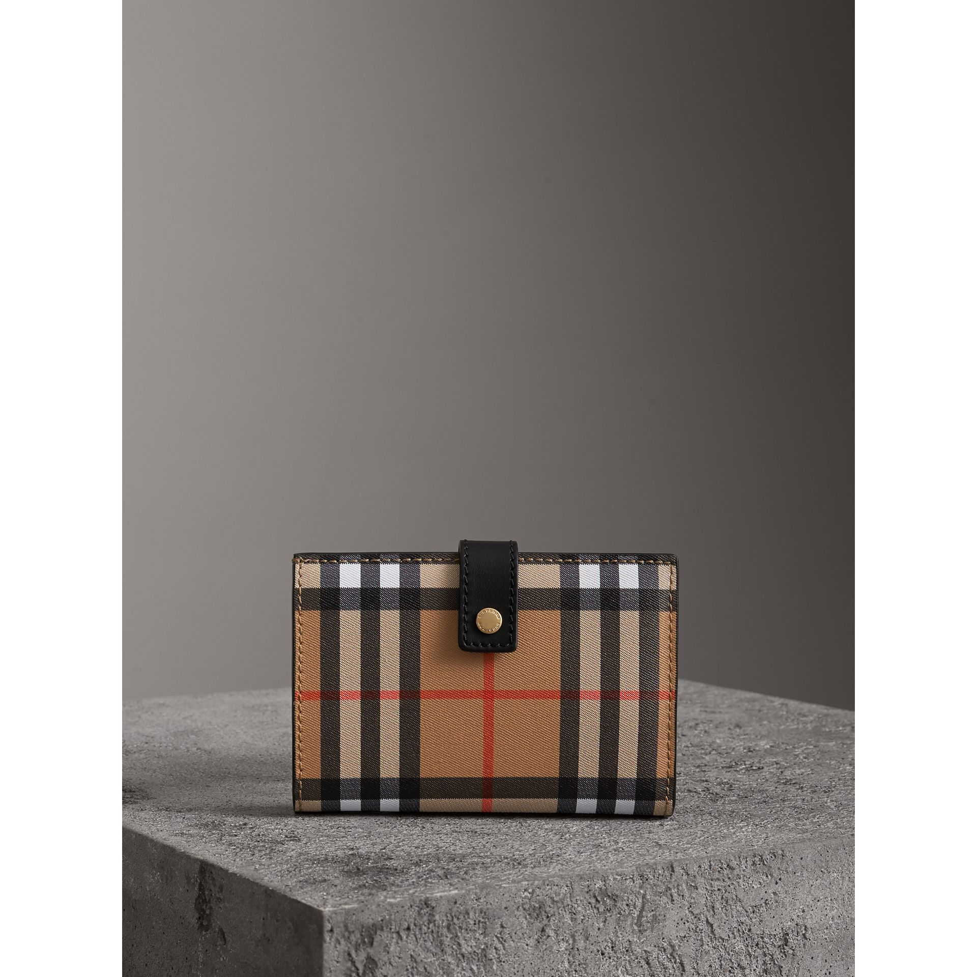 Vintage Check and Leather Folding Wallet in Black - Women | Burberry Australia - gallery image 4