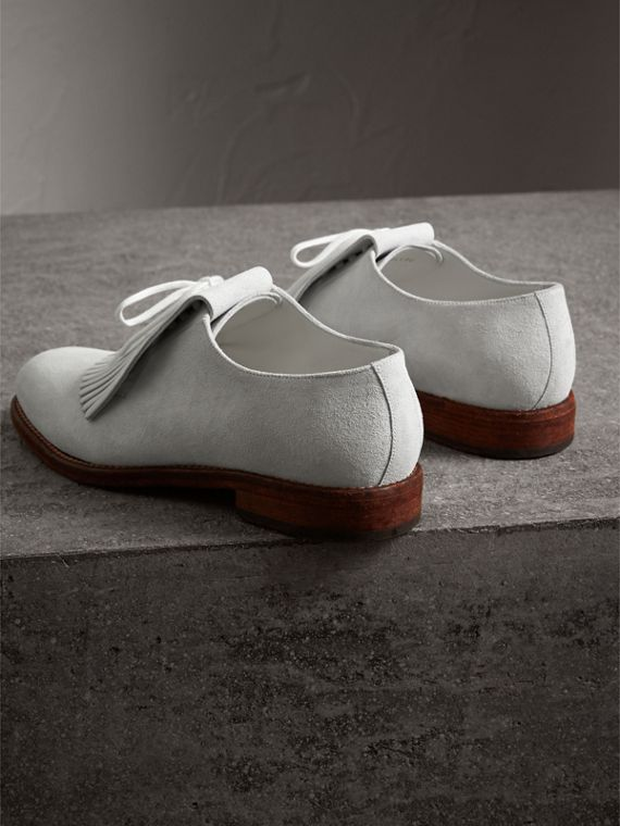 Lace-up Kiltie Fringe Suede Loafers in Off White - Men | Burberry Singapore - cell image 3