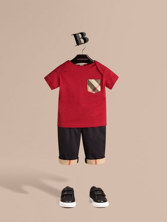Check Pocket T-shirt in Military Red