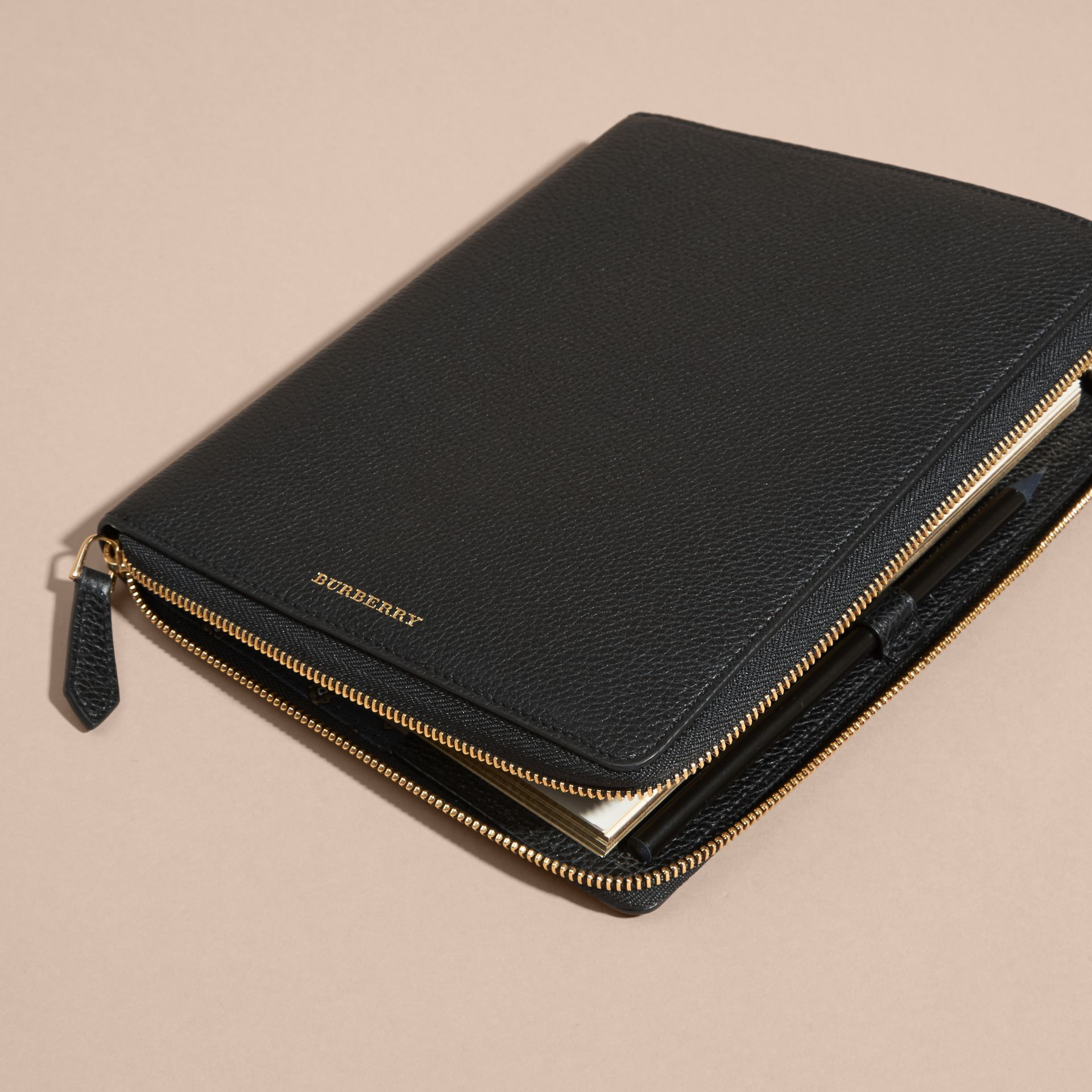 Black Ziparound Grainy Leather A5 Notebook Black - gallery image 3