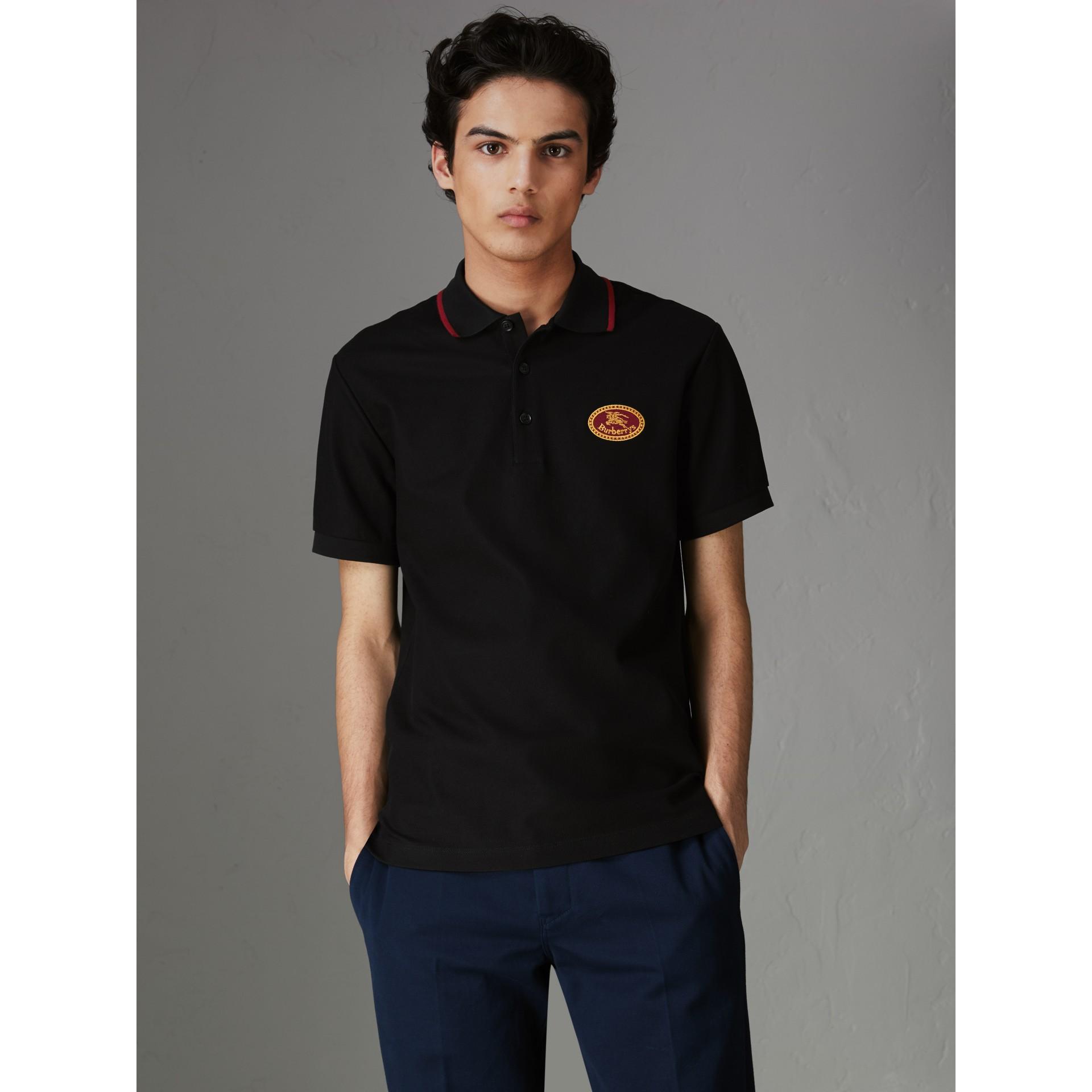 Camisa polo de algodão piquê com logo do acervo (Preto) - Homens | Burberry - galeria de imagens 4