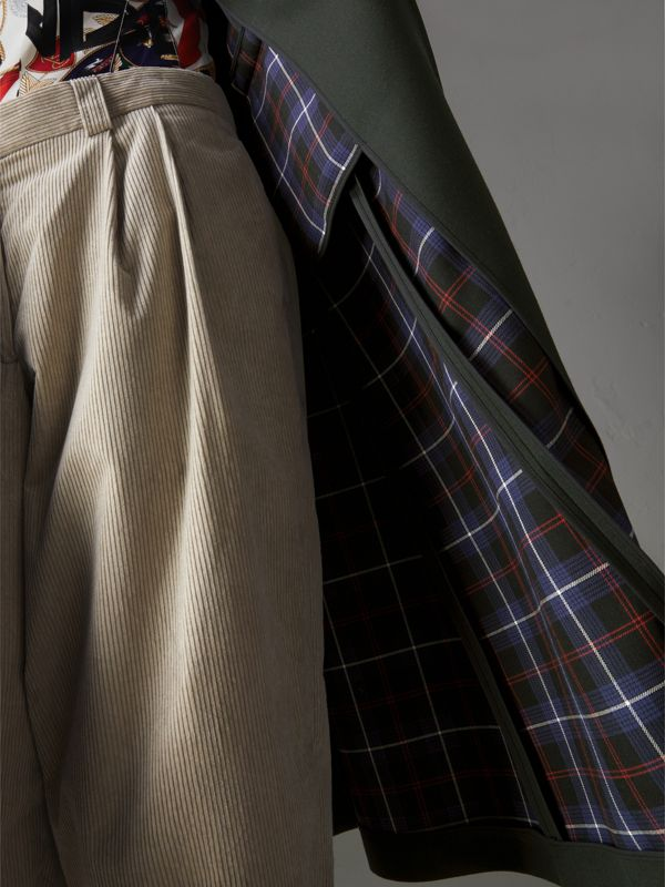 Crested Button Wool Tailored Coat in Racing Green/bright Navy - Women | Burberry United Kingdom - cell image 3