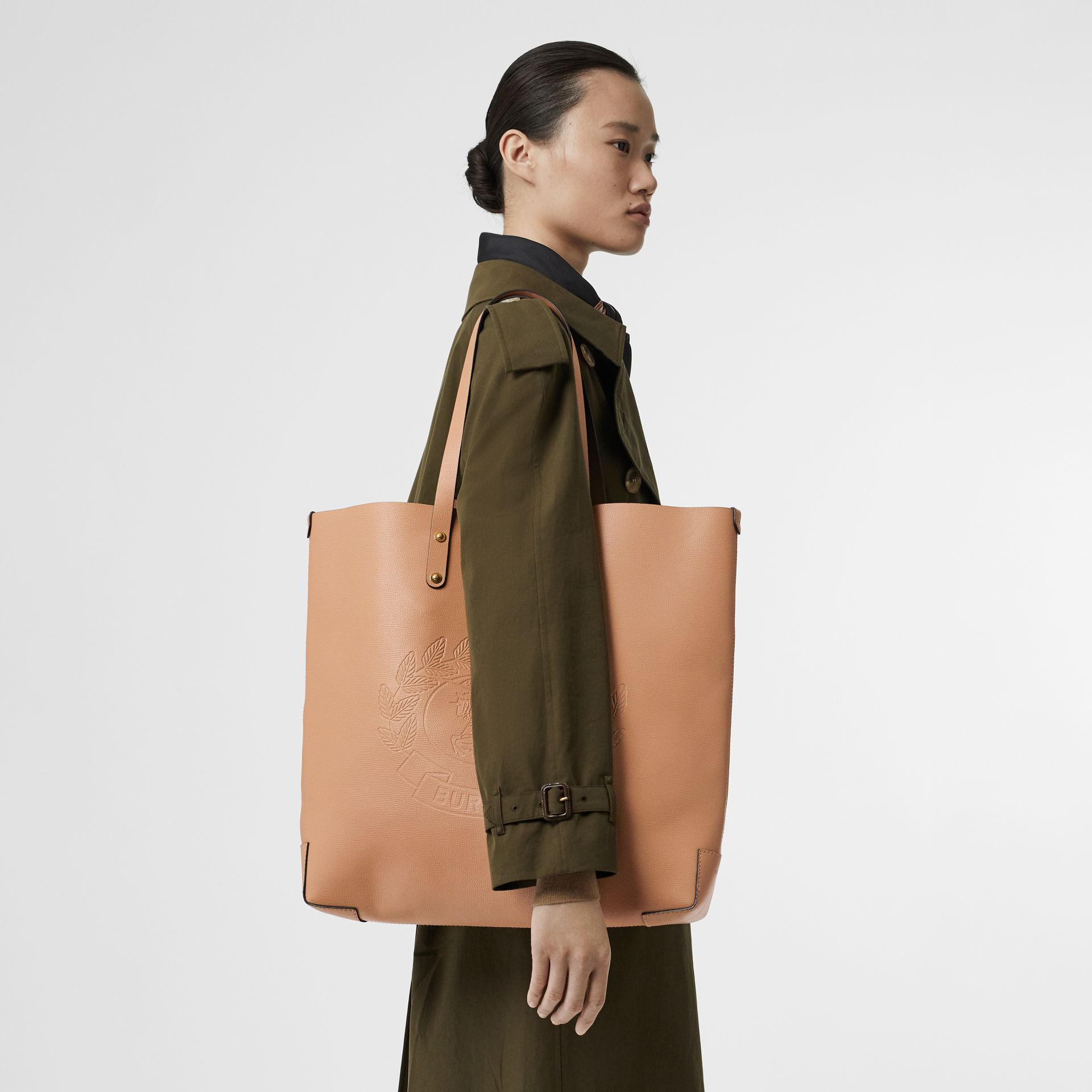 Large Embossed Crest Leather Tote in Light Camel - Women | Burberry Hong Kong - gallery image 2