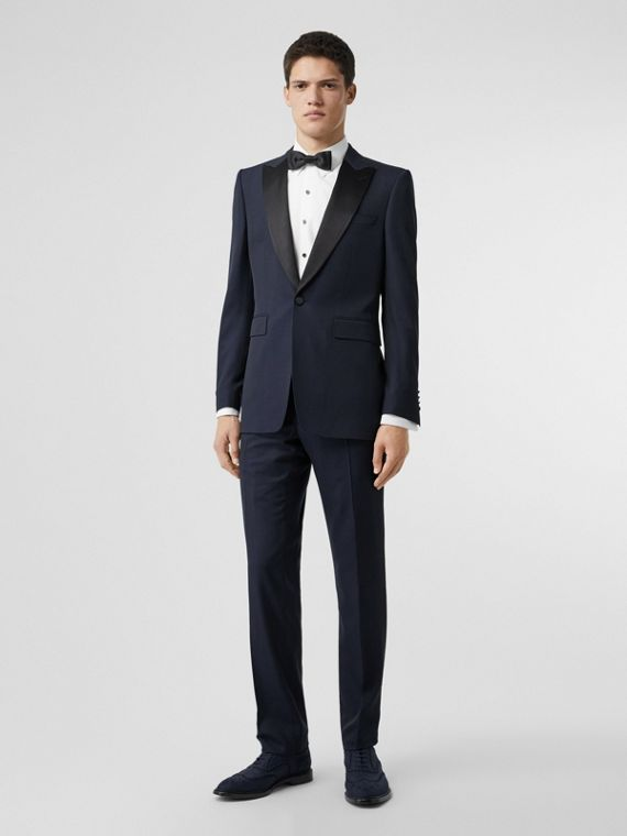 Classic Fit Wool Silk Tuxedo in Navy