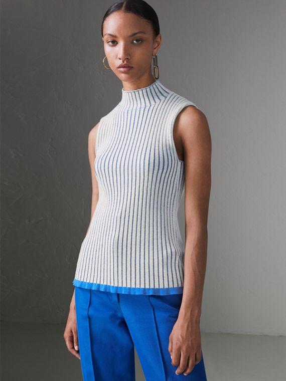 Sleeveless Rib Knit Cashmere Silk Turtleneck Sweater in Grey