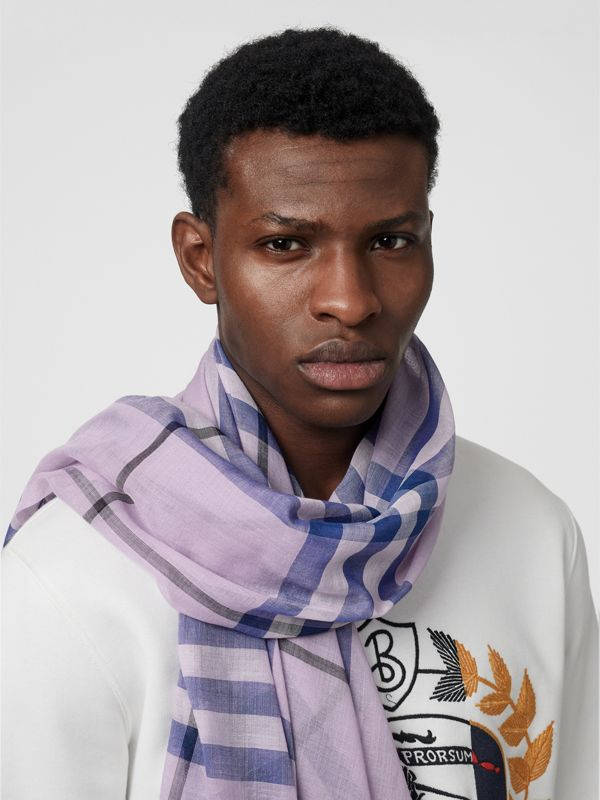Lightweight Check Wool and Silk Scarf in Pale Orchid | Burberry - cell image 3