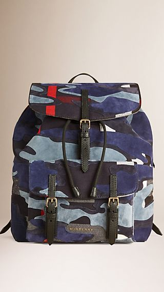 Kleiner Rucksack in Canvas Check mit Veloursleder in Camouflage-Optik