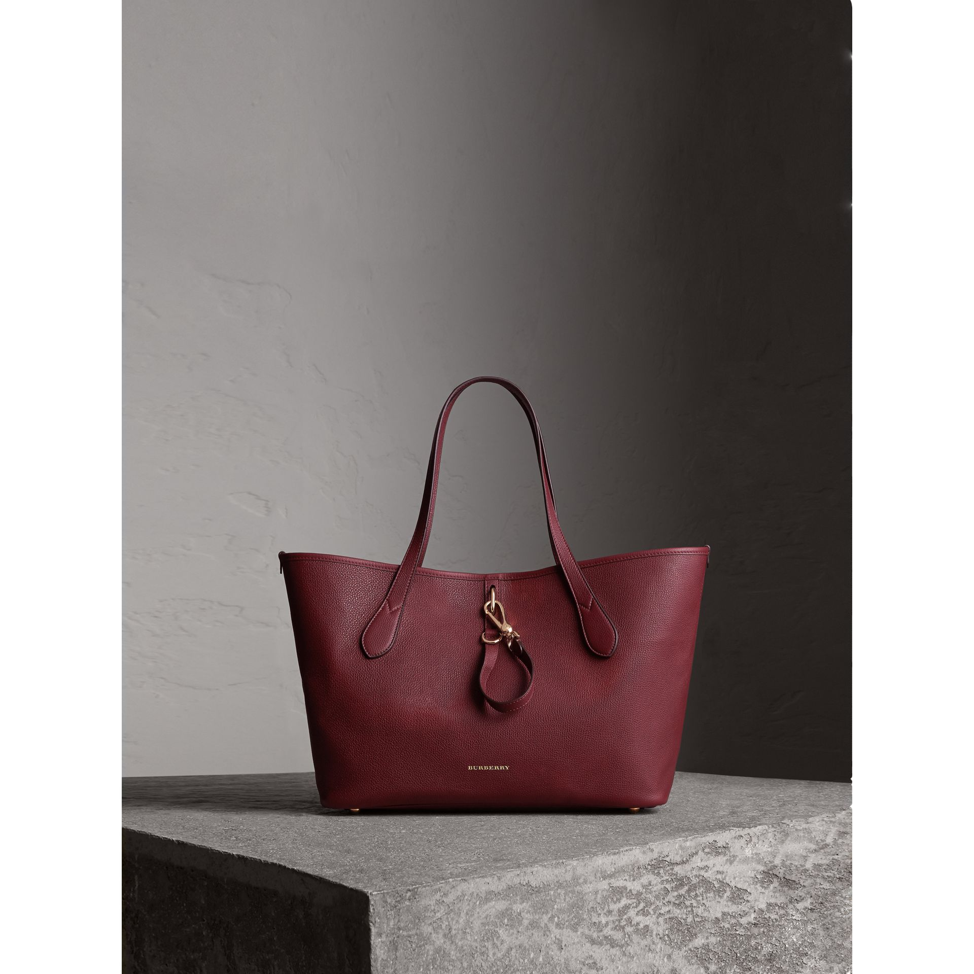 Medium Grainy Leather Tote Bag in Mahogany Red - Women | Burberry United States - gallery image 1