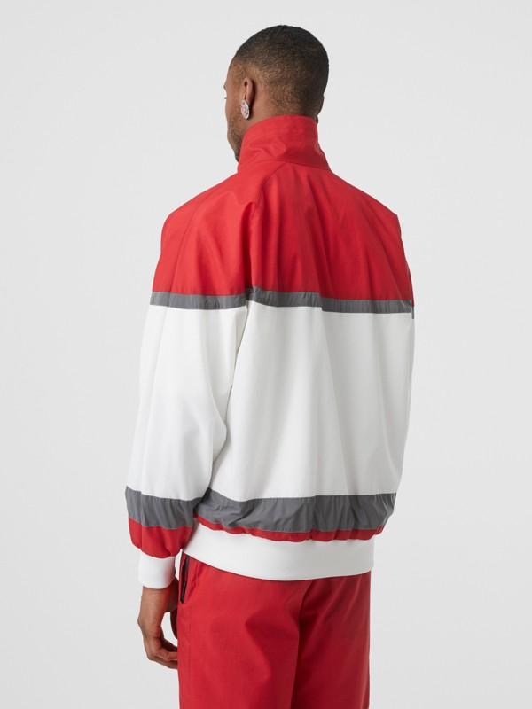 Giacca sportiva in nylon a righe con logo (Rosso Intenso) - Uomo | Burberry - cell image 2