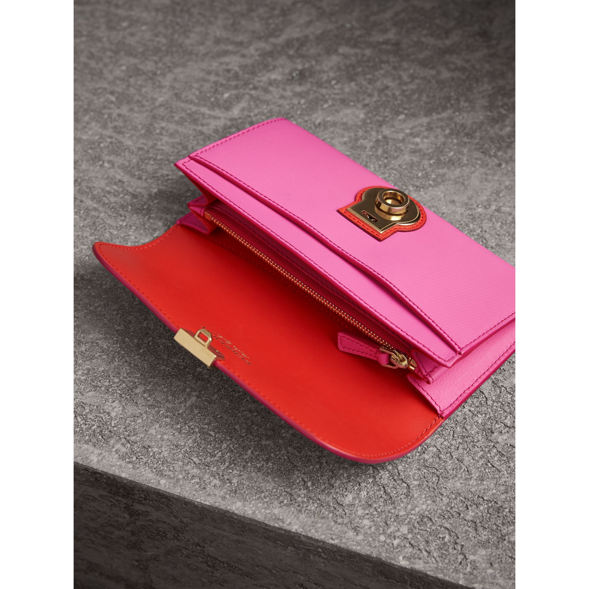 Two-tone Trench Leather Continental Wallet in Rose Pink/orange Red - Women | Burberry - gallery image 3
