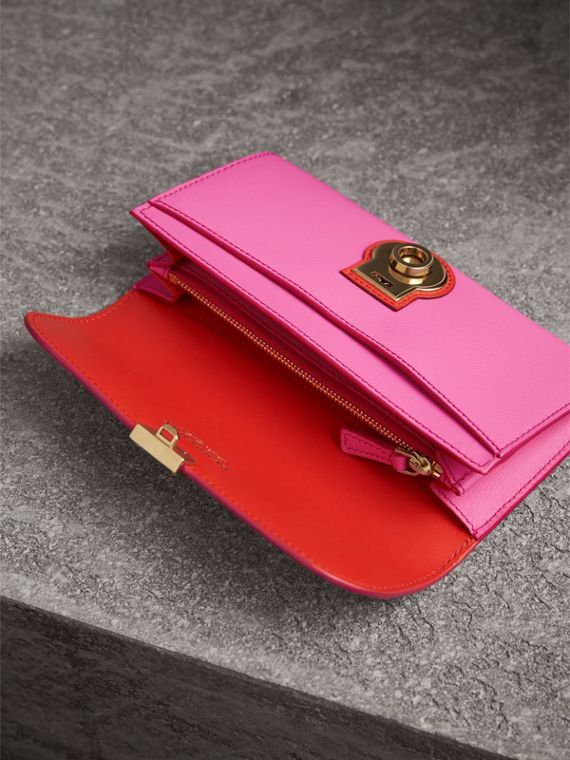 Two-tone Trench Leather Continental Wallet in Rose Pink/orange Red - Women | Burberry United Kingdom - cell image 3