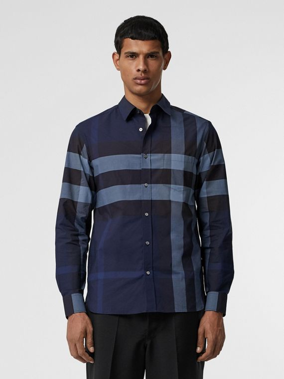 Camicia in cotone stretch con motivo tartan (Navy Intenso)