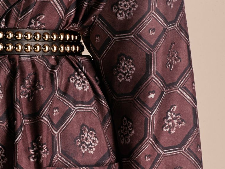 Deep claret Geometric Wallpaper Print Silk Twill Dressing Gown Coat - cell image 4