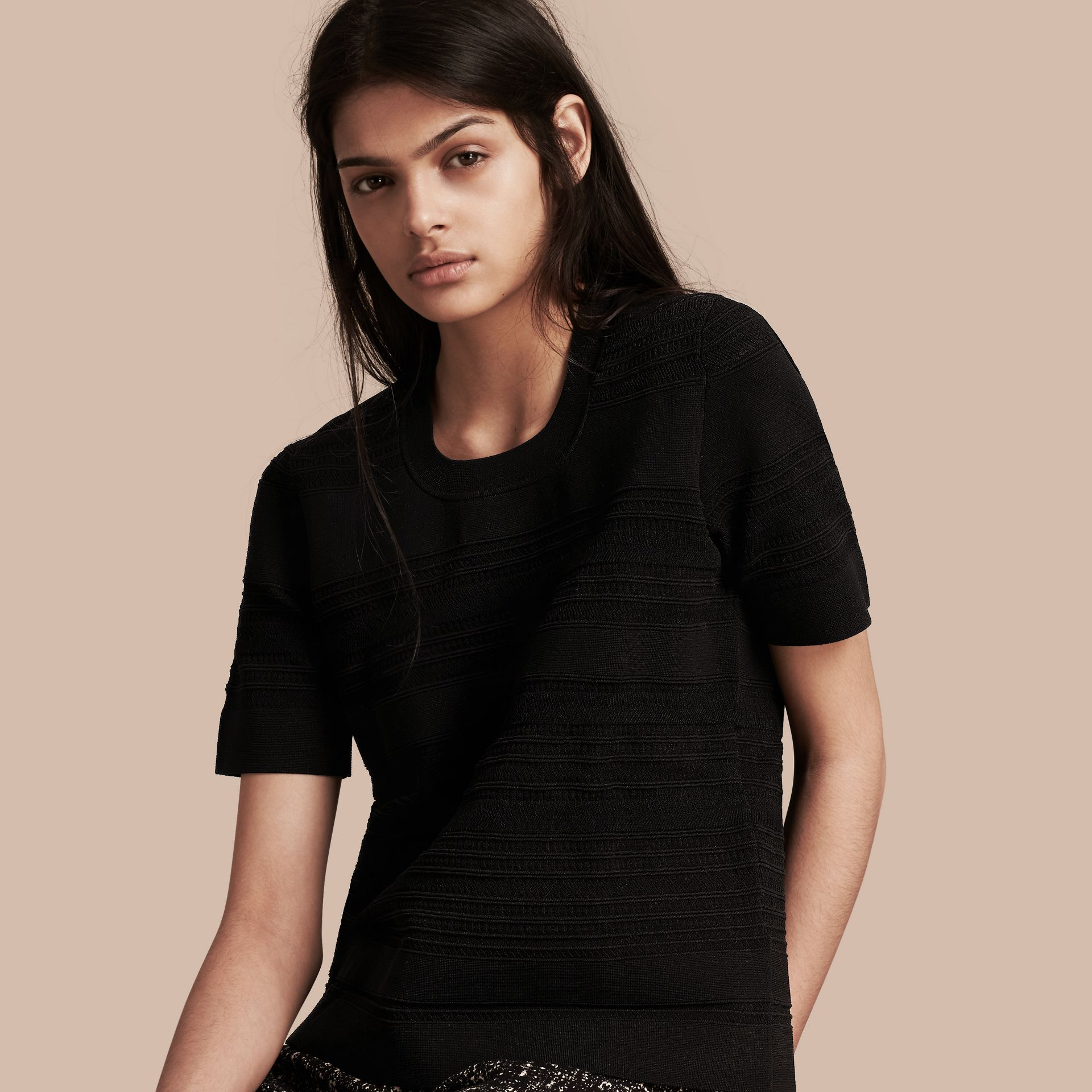 Black Short-sleeved Stitched Top - gallery image 1