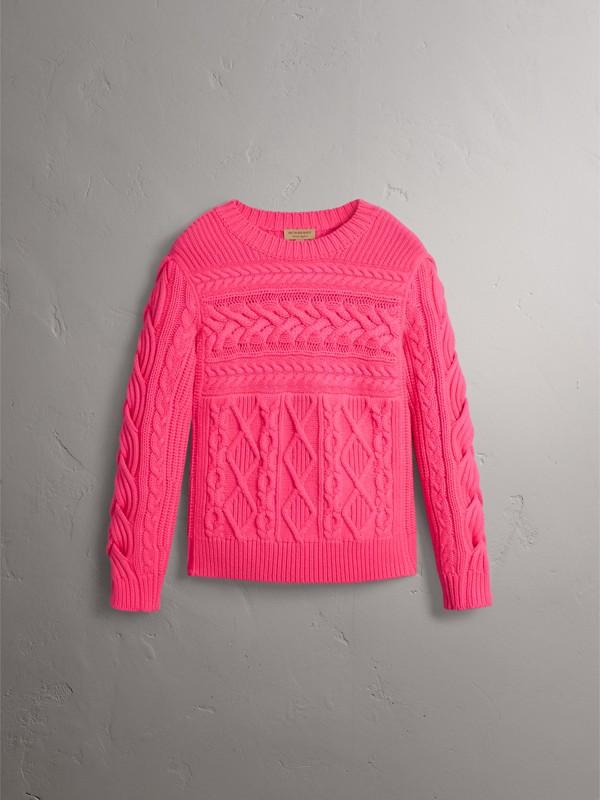 Suéter de lã e cashmere em ponto Aran (Rosa Choque Intenso) - Mulheres | Burberry - cell image 3