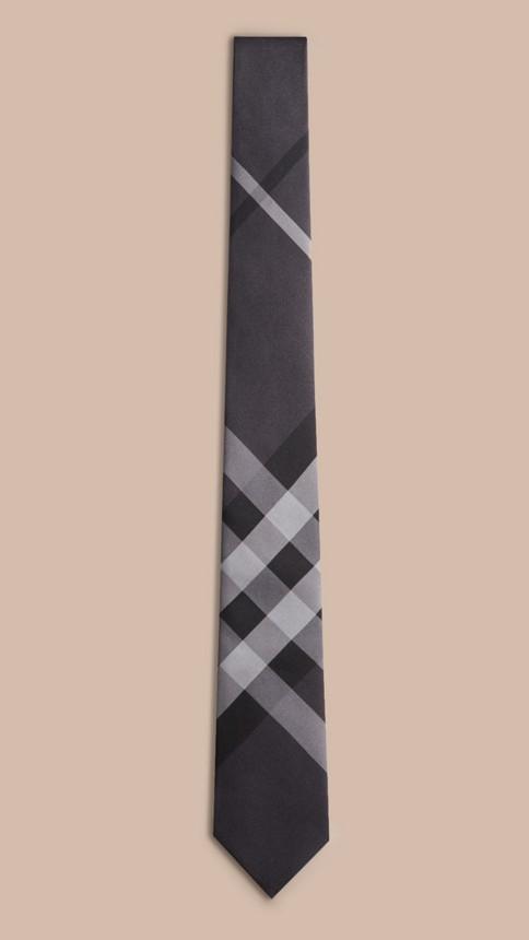 Anthracite sombre Cravate moderne en soie à motif Beat check - Image 4