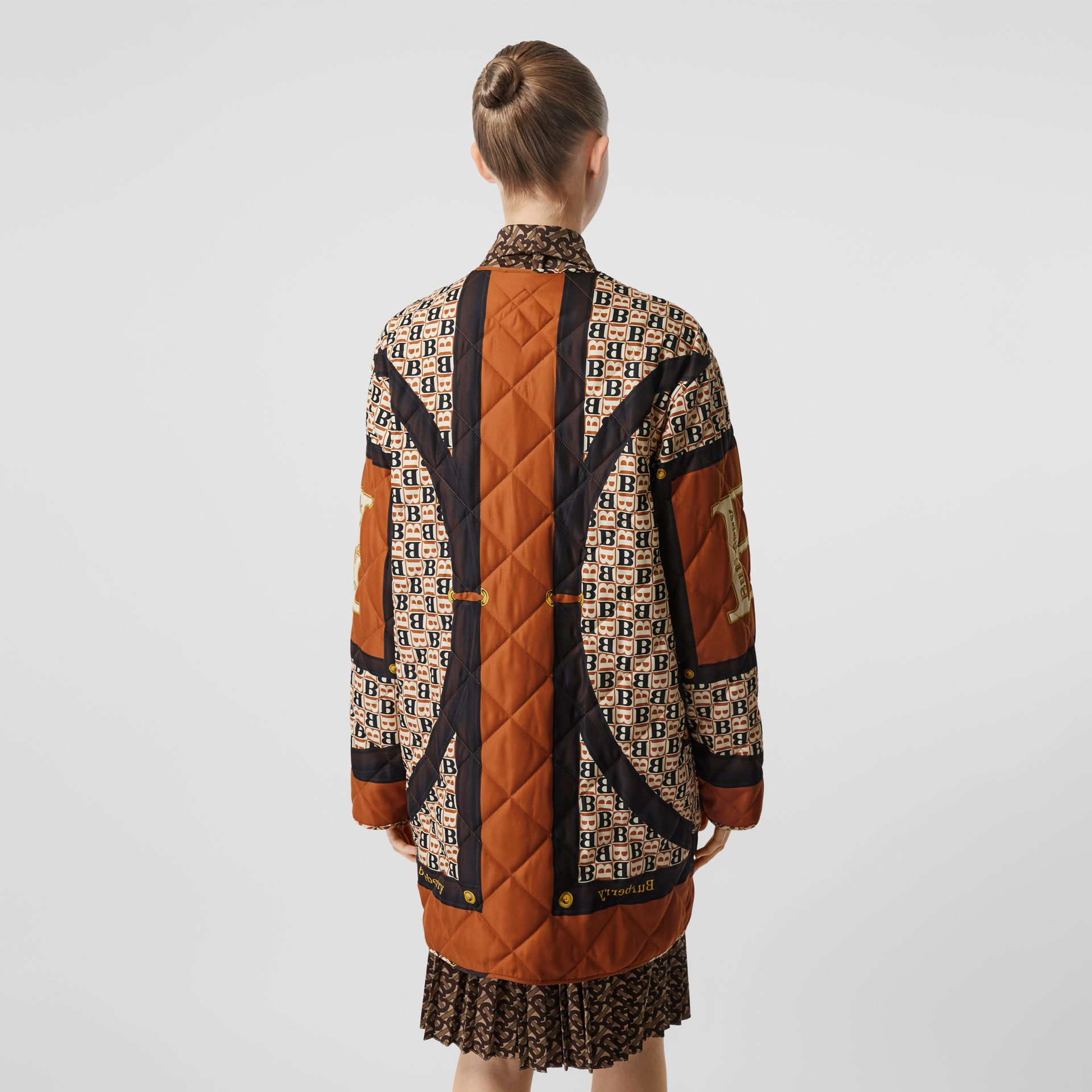 Archive Scarf Print Diamond Quilted Coat in Clay Sienna - Women | Burberry - gallery image 2
